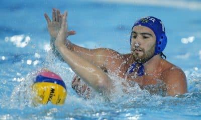 Grummy em ação pela seleção brasileira de polo aquático brasil