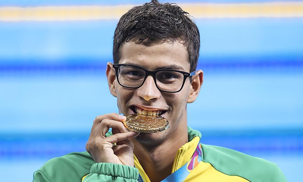Detentor de três recordes sul-americanos, o nadador Guilherme Costa retornou aos treinos na busca pela sua primeira participação em Jogos Olímpicos