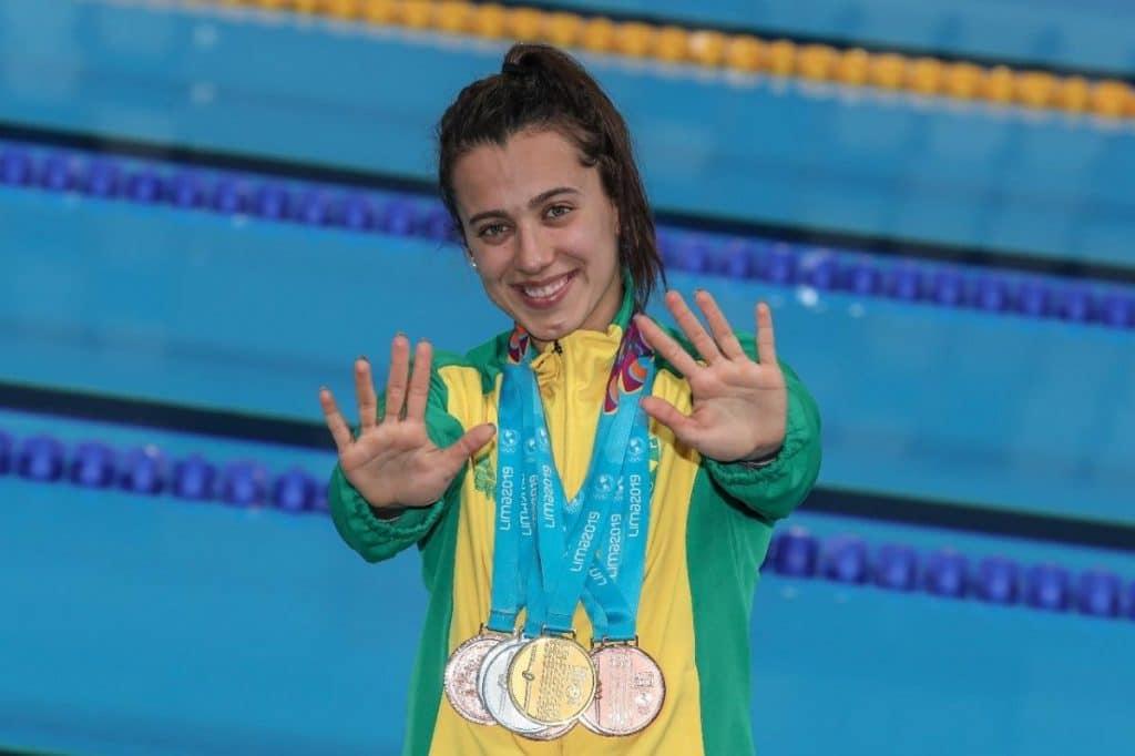 Larissa Oliveira - natação - 4x100m feminino - Jogos Olímpicos de Tóquio 2020 - Olimpíada