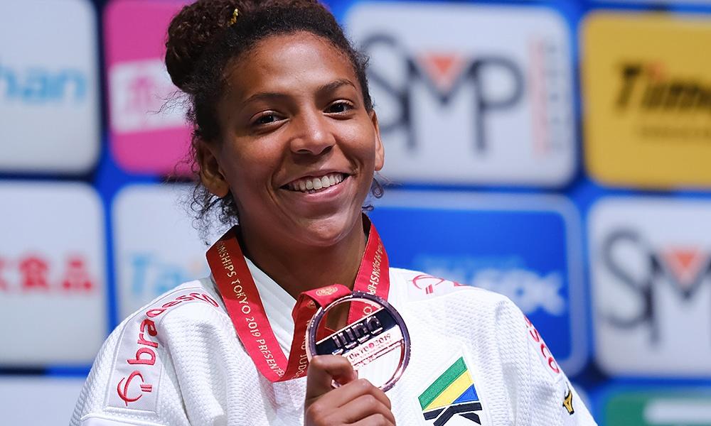 Rafaela Silva é bronze no Mundial de Judô em Tóquio