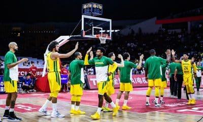 Brasil e China em amistoso visando a Copa do Mundo de basquete