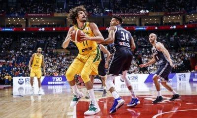 Anderson Varejão Que sufoco! Brasil bate a Grécia no fim e avança no Mundial 2