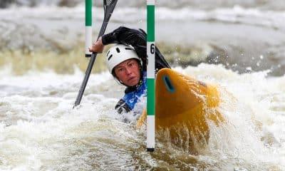 Ana Sátila, no K1, na etapa de Praga da Copa do Mundo de Canoagem Slalom retomada treinamentos ao vivo