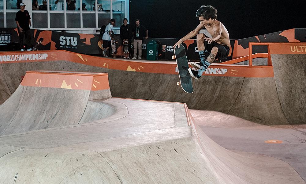 Heimana Reynolds treina para o Mundial de Skate Park