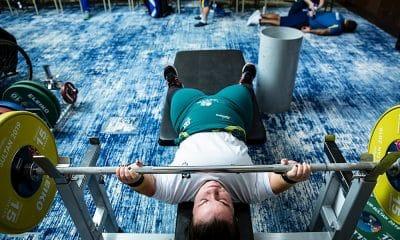 Levantamento de peso paralímpico