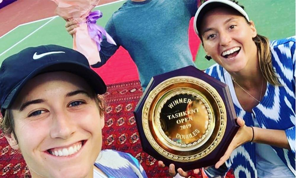Luisa Stefani e Hayley Carter, campeãs do WTA de Tashkent, subirão no ranking mundial de duplas