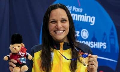 Carol Santiago ouro no Mundial de natação Paralímpica