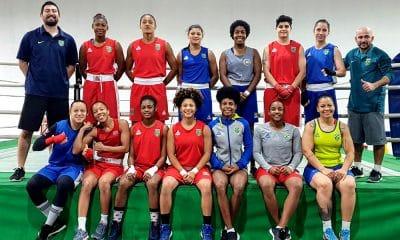 Seleção brasileira treina para o Mundial de boxe feminino