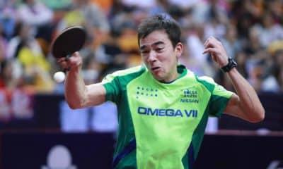Hugo Calderano do tênis de mesa