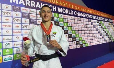 Guilherme Schimidt é bronze no Mundial Júnior de judô