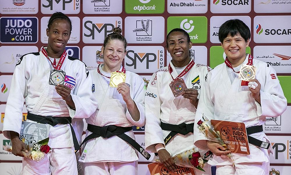 Ketleyn Quadros com o bronze no Grand Slam de Abu Dhabi