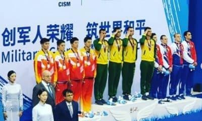 Revezamento masculino da natação garante o ouro em Wuhan, na China