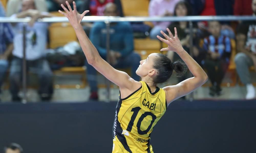 Gabi, do Vakifbank, de vôlei feminino medalha olímpica