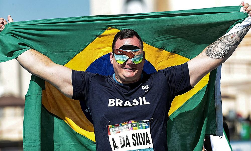 Alessandro Rodrigo foi ouro no Mundial de Atletismo Paralímpico de Dubai