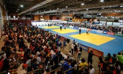 Apoio incondicional, união, tristeza e alegria na arquibancada - Jogos da Juventude Blumenau