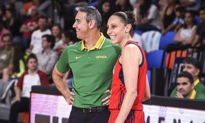 José Neto, técnico da seleção brasileira de basquete feminino, na partida contra os EUA pelo Pré-Olímpico das Américas