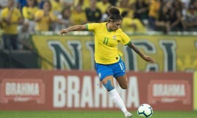 Cristiane - Brasil - Pia