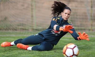 Aline, goleira do tenerife e da seleção brasileira de futebol feminino