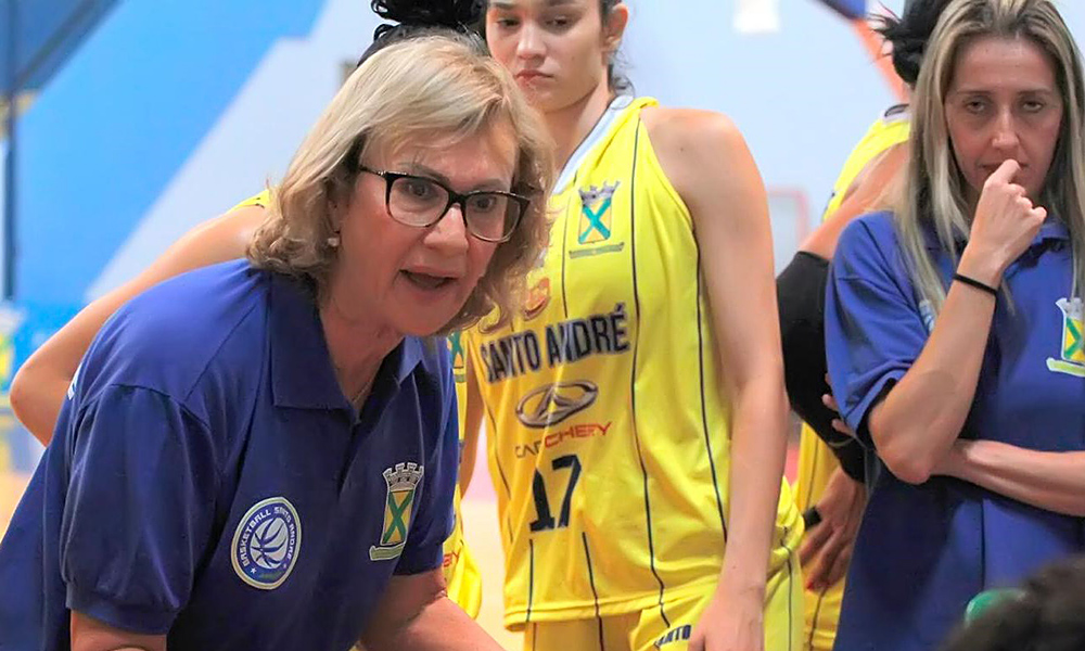 Arilza Coraça. técnica do Santo André/APABA no Paulista de basquete feminino