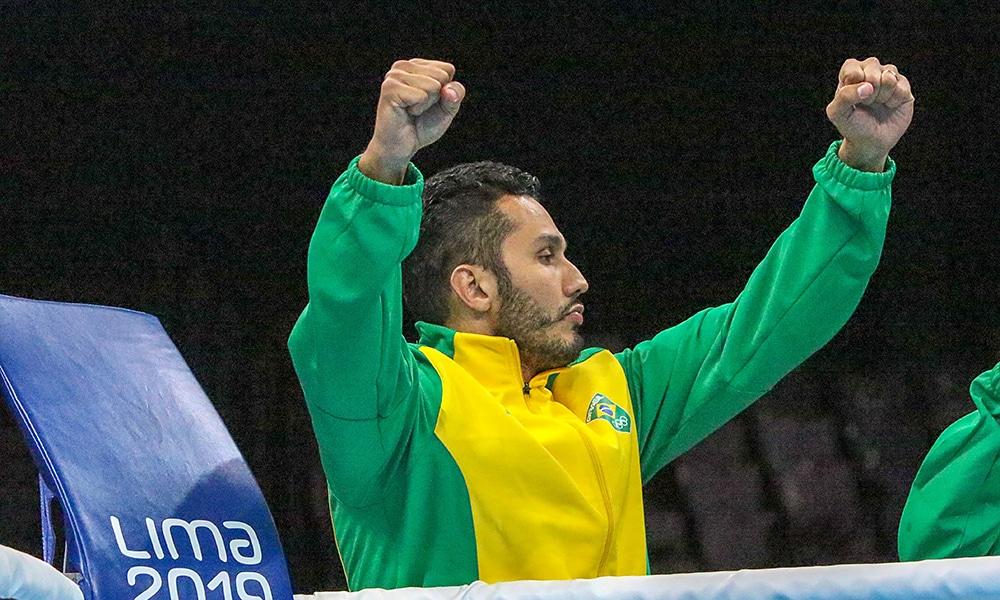 Mateus Alves na seleção brasileira de boxe