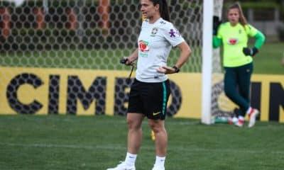 A técnica Simone Jatobá anunciou, nesta quinta-feira (12), as 26 atletas convocadas para período de treinamentos com a Seleção Feminina Sub-17. As jogadoras participarão de treinos na Granja Comary, em Teresópolis (RJ), entre os dias 16 a 22 de dezembro.