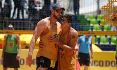Alison e Álvaro do vôlei de praia