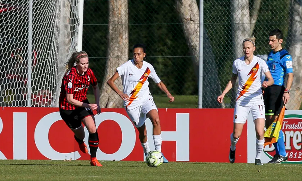 Andressa Alves na Roma contra o Milan pelo campeonato italiano de futebol feminino
