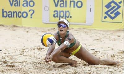 Bárbara Seixas (foto) terá nova parceria em João Pessoa, Carolina Horta (Divulgação/CBV)