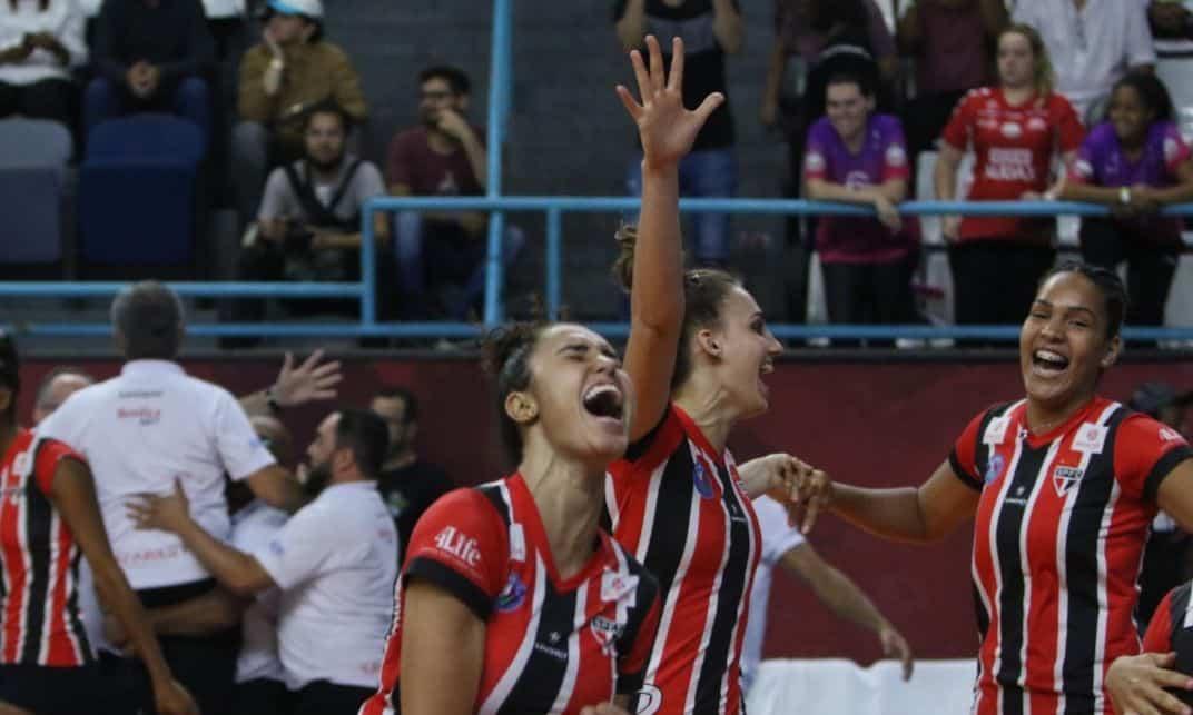 São Paulo enfrenta o Dentil Praia Clube pela Copa Brasil de vôlei feminino ao vivo