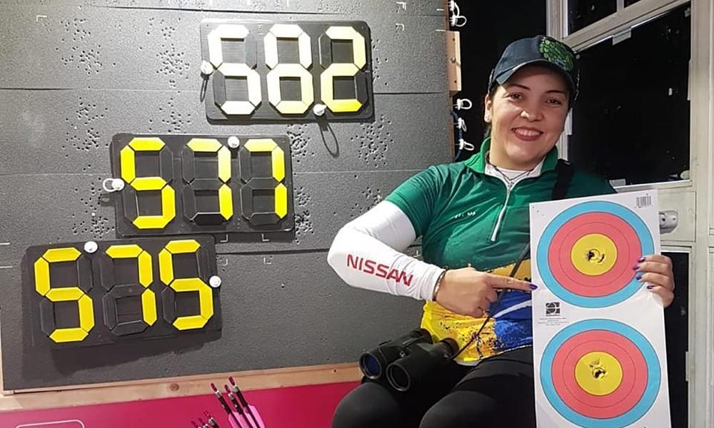 Jane Karla bate pela terceira vez seguida o recorde mundial indoor do tiro com arco composto paralímpico