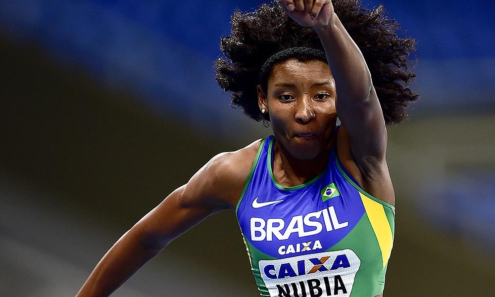 Núbia Soares, atleta do Barcelona, vai competir na Copa Iberdrola indoor na Espanha