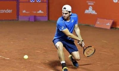 Monteiro e Wild avançam às quartas no ATP de Santiago