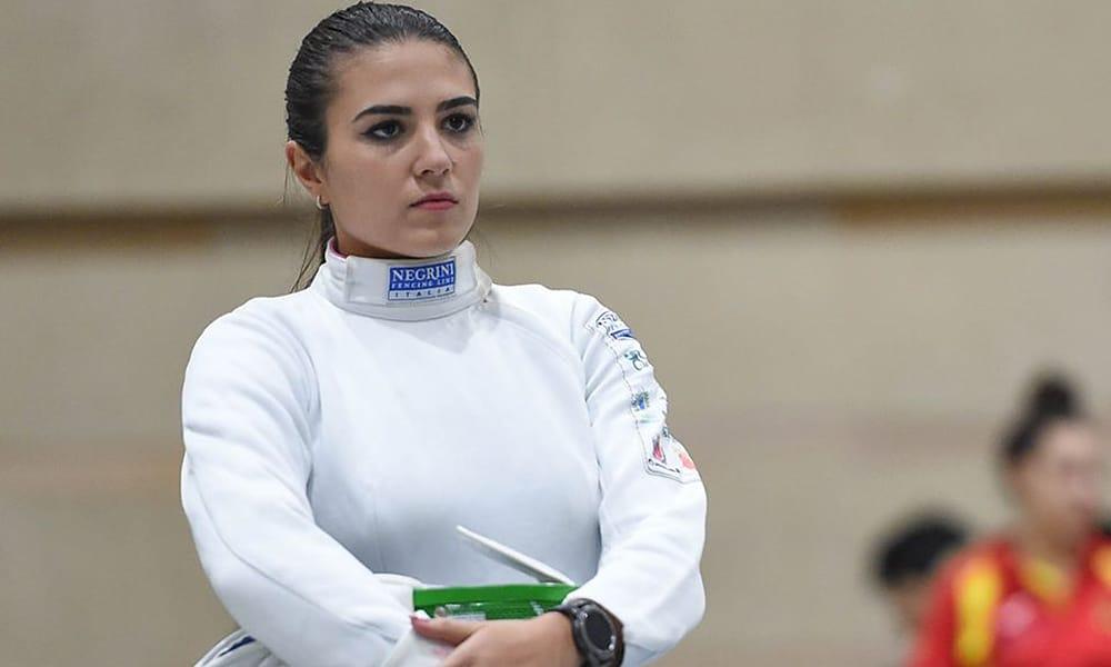 Amanda Simeão, na Etapa de Barcelona da Copa do Mundo de espada de esgrima