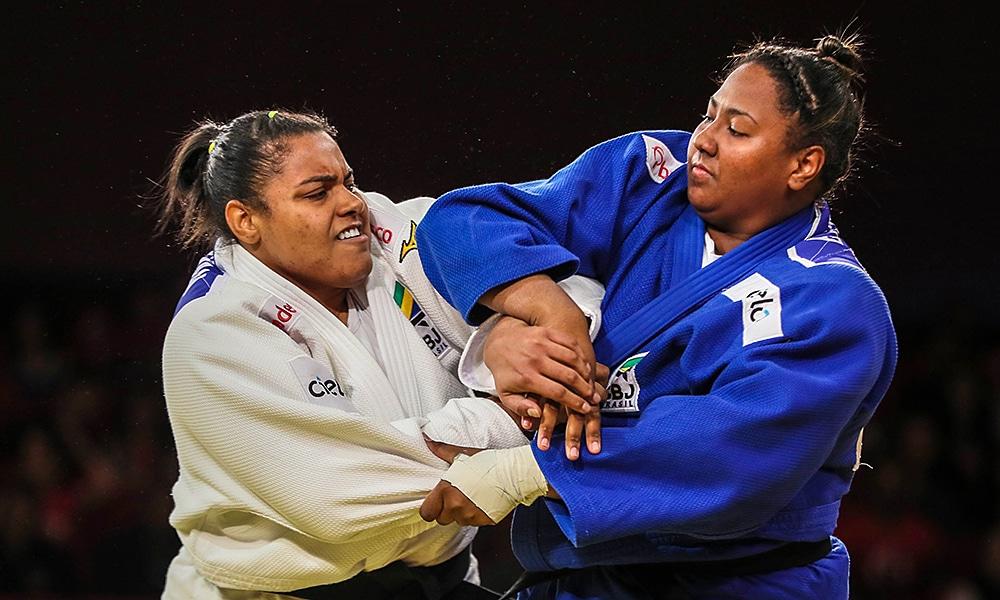 Bia Souza e Maria Suelen vão disputar o Grand Slam de Paris de judô