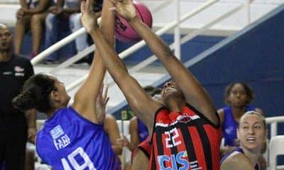 Fabi Caetano, novo reforço do Ituano Basquete, disputou a Liga de Basquete Feminino pela Uninassau