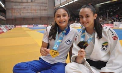 Giovana e Marcela Shimada no Meeting Nacional de Base de Judô, em São Paulo
