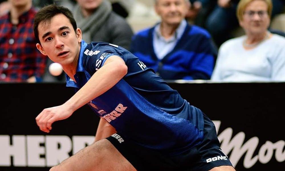 Hugo Calderano venceu pelo Ochsenhausen na Bundesliga de tênis de mesa da Alemanha