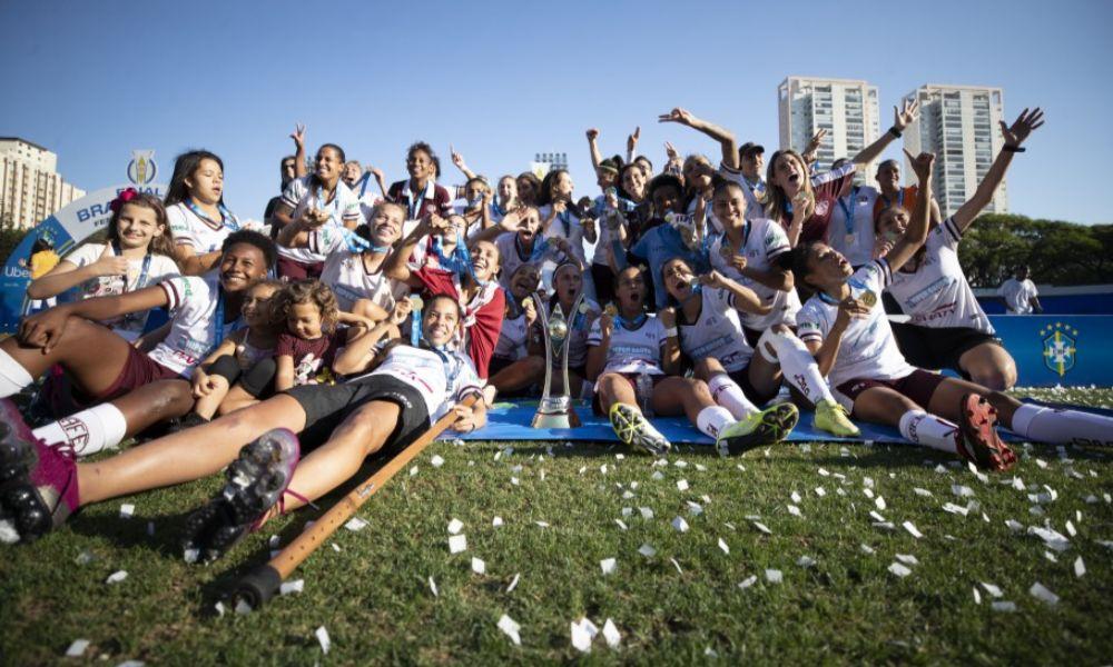 Guia do Campeonato Brasileiro Feminino A-1 2020 volta Ferroviária técnica Tatiele Silveira