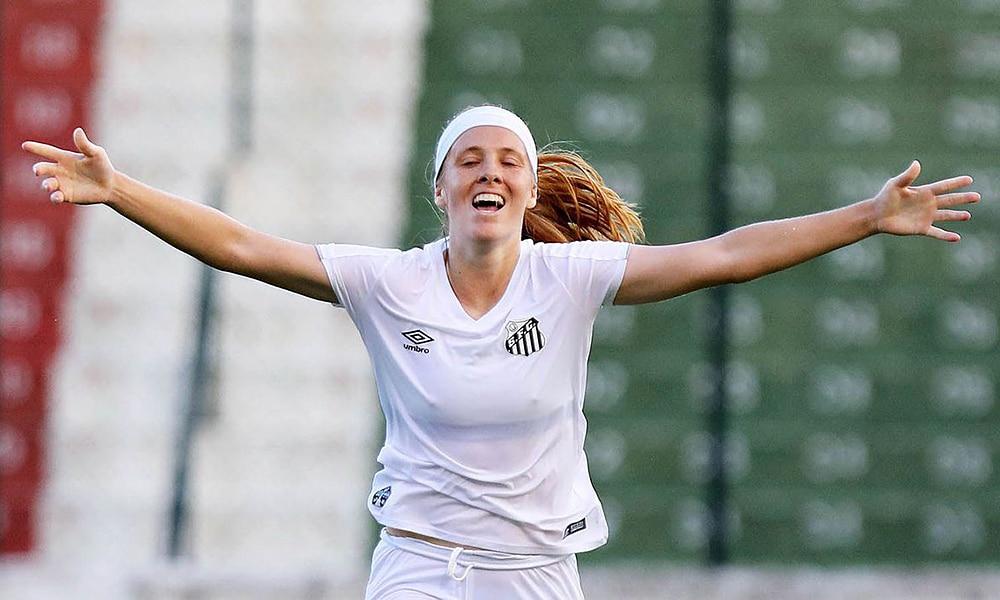 Ketlen Wiggers do Santos no futebol feminino
