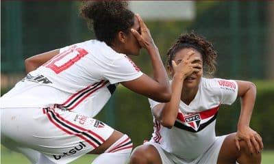 São Paulo vence Corinthians no Brasileiro de futebol feminino