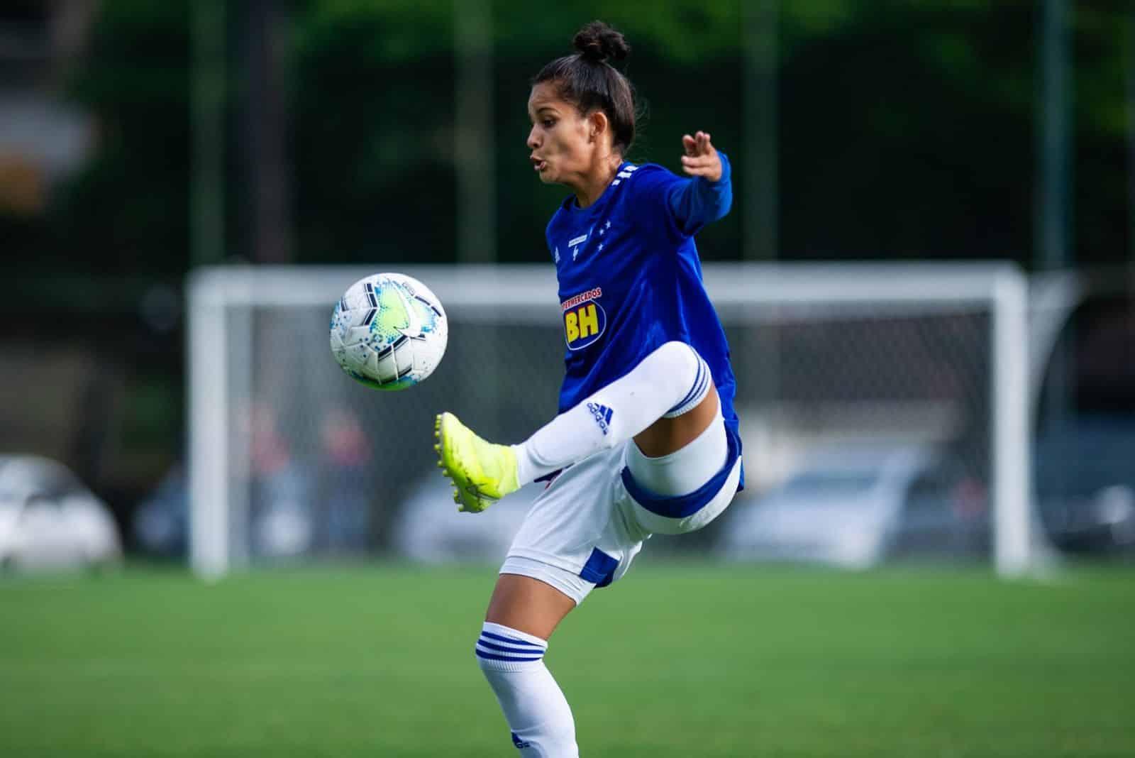 Cruzeiro chega ao G4 e ICESP desencanta. Série A2 tem 1ª rodada do brasileiro de futebol feminino
