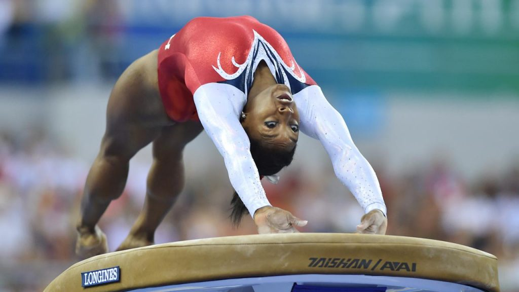 Simone Biles salto feminino jogos olímpicos tóquio 2020