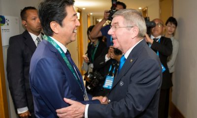 Shinzo Abe e Thomas Bach