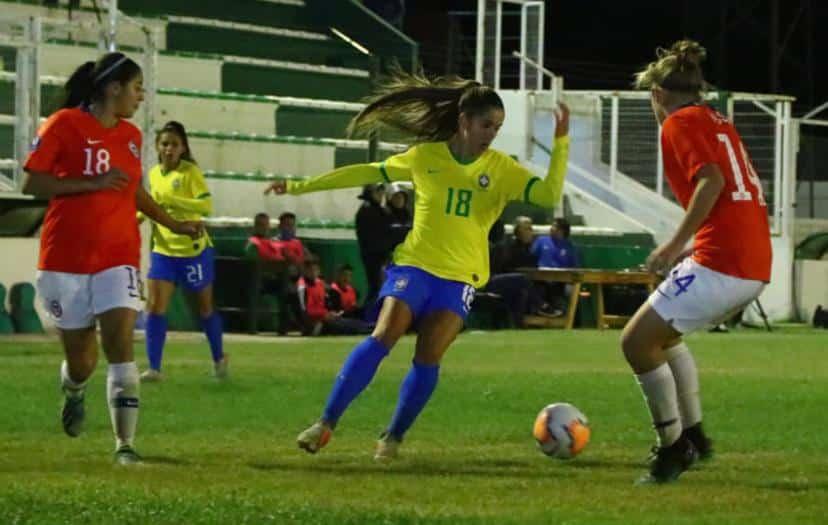 Brasil vence o Chile antes de interrupção do Sul-Americano sub-20 de futebol feminino