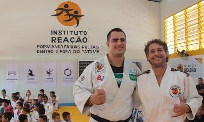 Flávio Canto e David Moura durante a inauguração do Instituto Reação em Cuiabá - banco BV