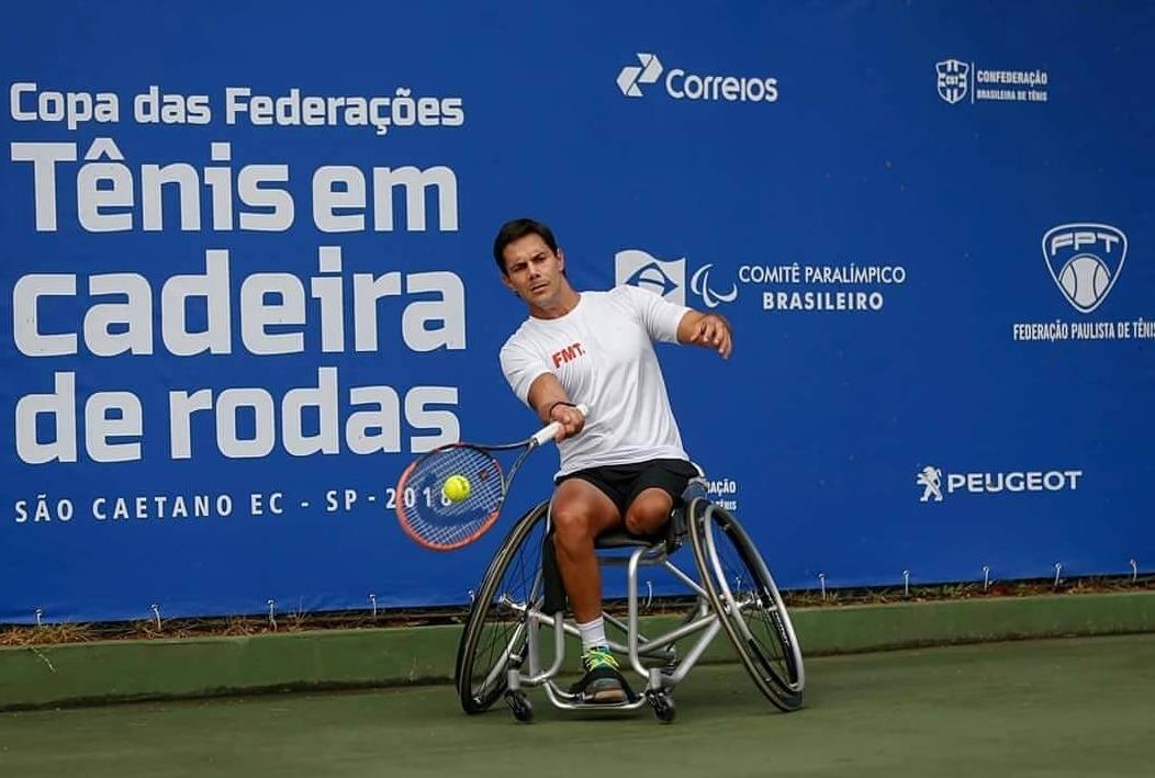 Gustavo Carneiro tênis em cadeira de rodas tóquio Jogos Paralímpicos Paralimpíada