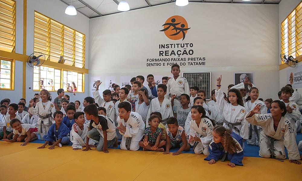 Alunos no Instituto Reação em Cuiabá