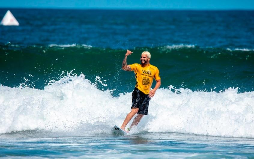 Jogos Mundiais de surfe foram adiados mais uma vez
