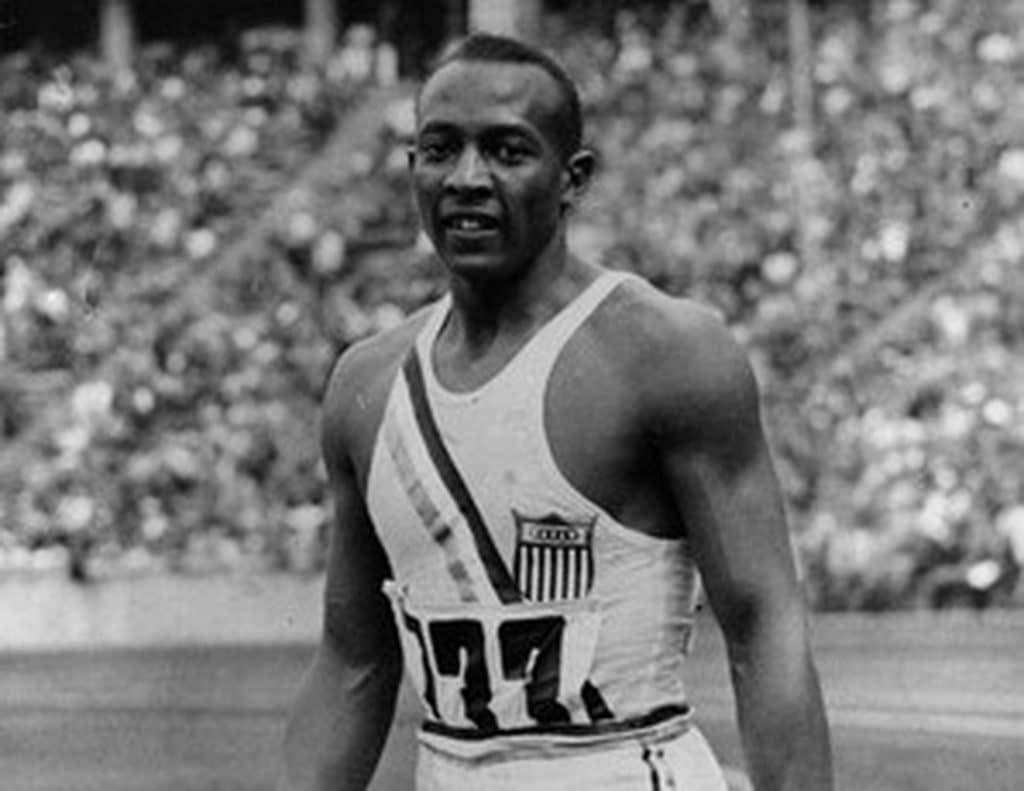 JEsse Owens brilhou nos Jogos Olímpicos de 1936