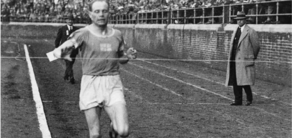 Paavo Nurmi foi um monstro do atletismo com 12 medalhas em Jogos Olímpicos